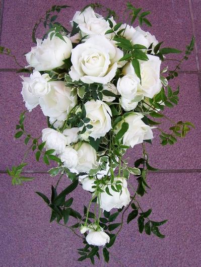 名古屋市千種区の花屋グラッシーのオーバルブーケO23