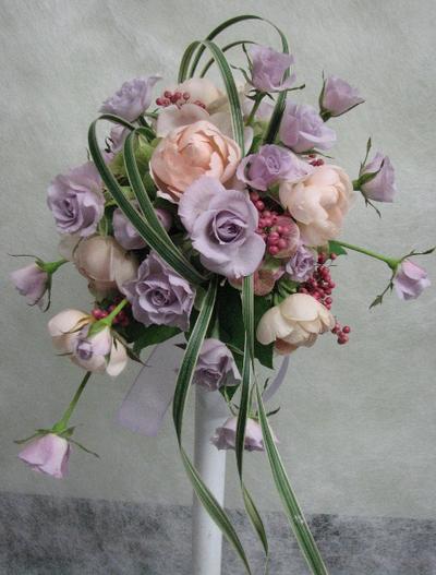 名古屋市千種区の花屋グラッシーのオーバルブーケO96