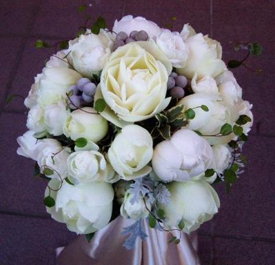 名古屋市千種区の花屋グラッシーのラウンドブーケR1