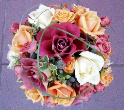 名古屋市千種区の花屋グラッシーのラウンドブーケR33