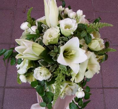 名古屋市千種区の花屋グラッシーのラウンドブーケR52
