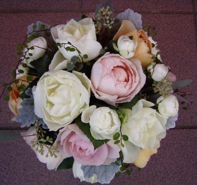 名古屋市千種区の花屋グラッシーのラウンドブーケR81