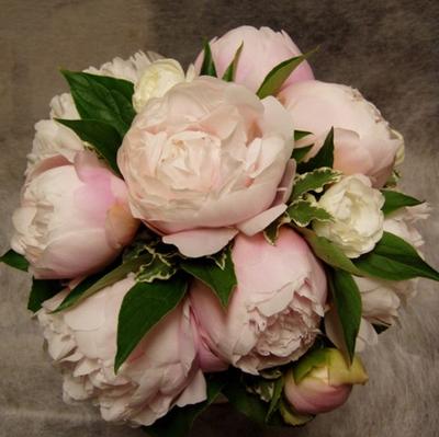 名古屋市千種区の花屋グラッシーのラウンドブーケR99