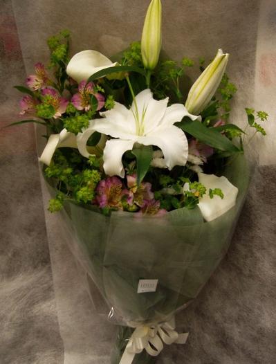 名古屋市千種区の花屋グラッシーのお供え花束B2