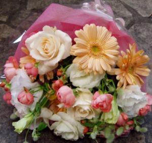 名古屋市千種区のフラワーショップグラッシーの花束